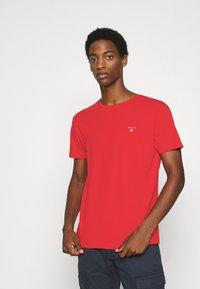 GANT - THE ORIGINAL - T-shirt - bas - fiery red - 0