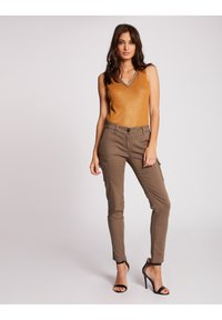 Morgan - WITH LARGE STRAPS AND STRIP - Top - ochre - 1