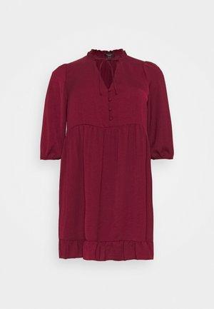 HERRINGBONE SMOCK DRESS - Kjole - rust