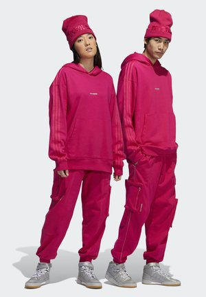 IVY PARK CARGO SWEAT PANTS (ALL GENDER) - Tracksuit bottoms - bold pink