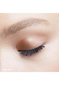 Bobbi Brown - MINI LONG-WEAR CREAM SHADOW STICK - Eye shadow - golden bronze - 3
