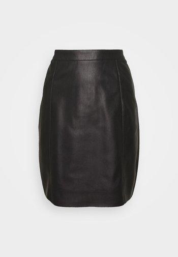 VMNORARIO COATED SKIRT  - Pencil skirt - black