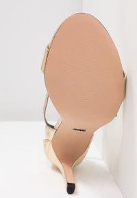 ONLY SHOES - Sandalias de tacón - gold - 6