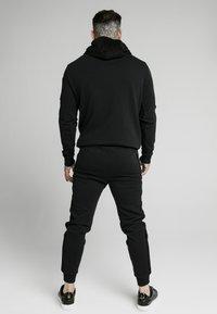 SIKSILK - OVERHEAD HOODIE - Hoodie - black - 2
