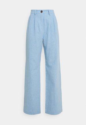 HARRIET PANT - Flared-farkut - dusk blue