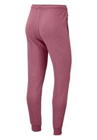 Nike Sportswear - Pantalones deportivos - beere - 6