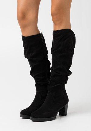 BOOTS  - Kozačky na platformě - black
