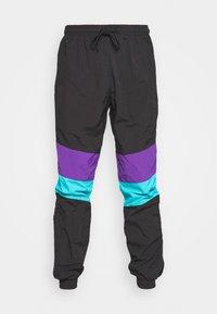 black/ultraviolet/aqua