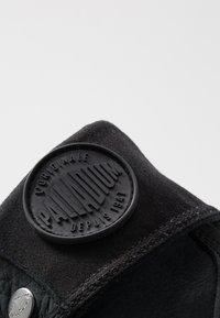 Palladium - BAGGY NUBUCK - Botki sznurowane - black - 6