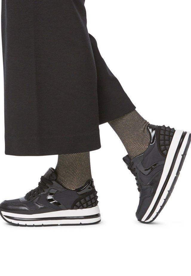 MARAN STUDS - Sneakers basse - black