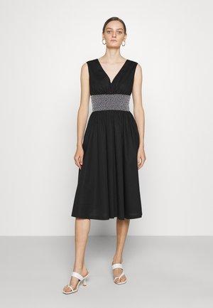 V-NECK DRESS - Sukienka letnia - black