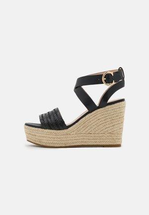 ISABELA WEDGE - Sandály na platformě - black