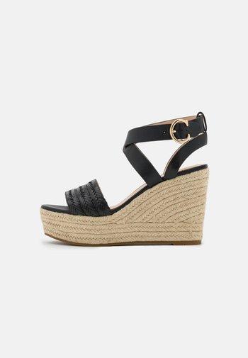 ISABELA WEDGE - Platform sandals - black
