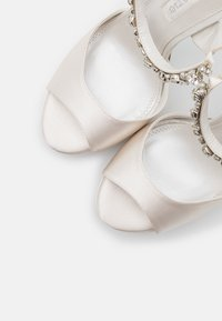 Dune London - MIRACLE - High heeled sandals - ivory - 5