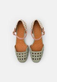 Chie Mihara - KAEL - Classic heels - salvia/lidia/ada powder - 4