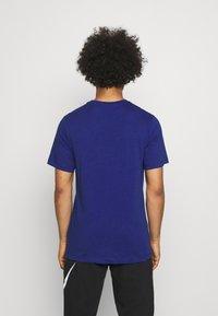 Nike Sportswear - TEE BRANDRIFF - T-shirt med print - deep royal blue - 2