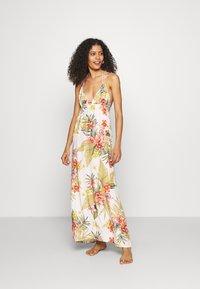 Banana Moon - MAXI DRESS LAHAINA - Beach accessory - white - 0