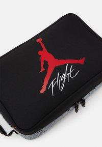 Jordan - THE SHOE BOX - Sports bag - black/wolf grey - 3