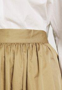 Selected Femme - SLFWANDA MIDI SKIRT - Plisovaná sukně - kelp - 5