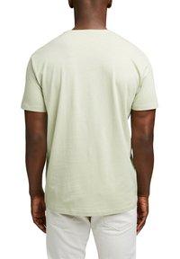 Esprit - ARTWORK - Print T-shirt - pastel green - 2