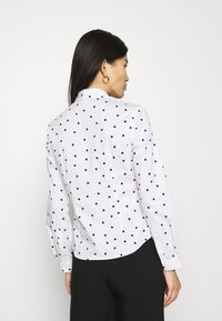 Marks & Spencer London - SPOT FITTED - Button-down blouse - offwhite - 4