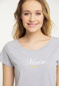 Schmuddelwedda - Print T-shirt - mottled light grey - 3