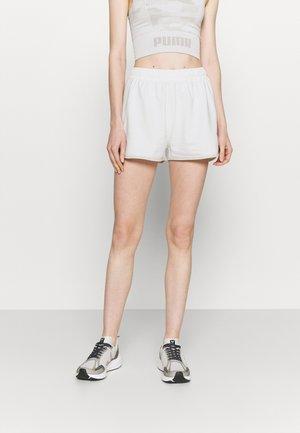 MILA SHORTS WITH BINDING - Short de sport - snow white