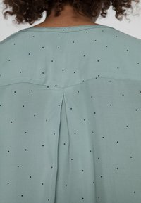 Esprit - BLOUSES TURNUP - Blouse - dusty green - 4
