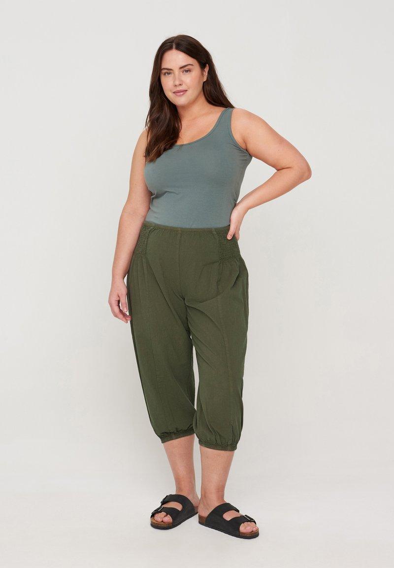 Zizzi - Trousers - green