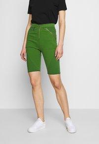 House of Holland - BODY CON ZIP  - Denim shorts - green - 0