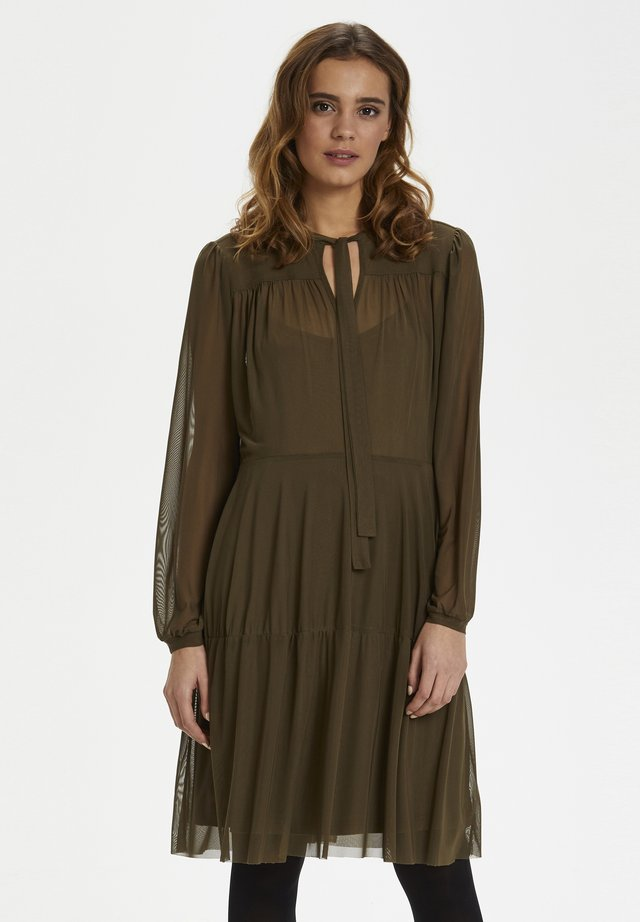 PEONYKB  - Korte jurk - dark olive