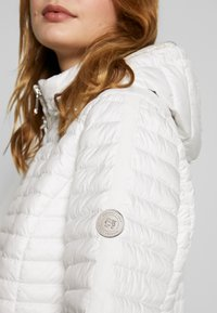 Barbara Lebek - STEPP MIT KAPUZE - Light jacket - offwhite - 6
