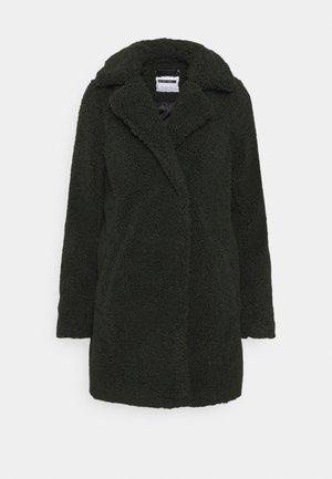 NMGABI - Short coat - rosin