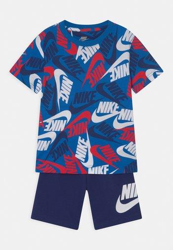 FUTURA TOSS SET  - Print T-shirt - blue void