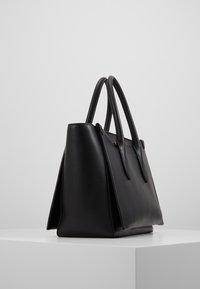 Polo Ralph Lauren - SLOANE - Sac à main - black - 4