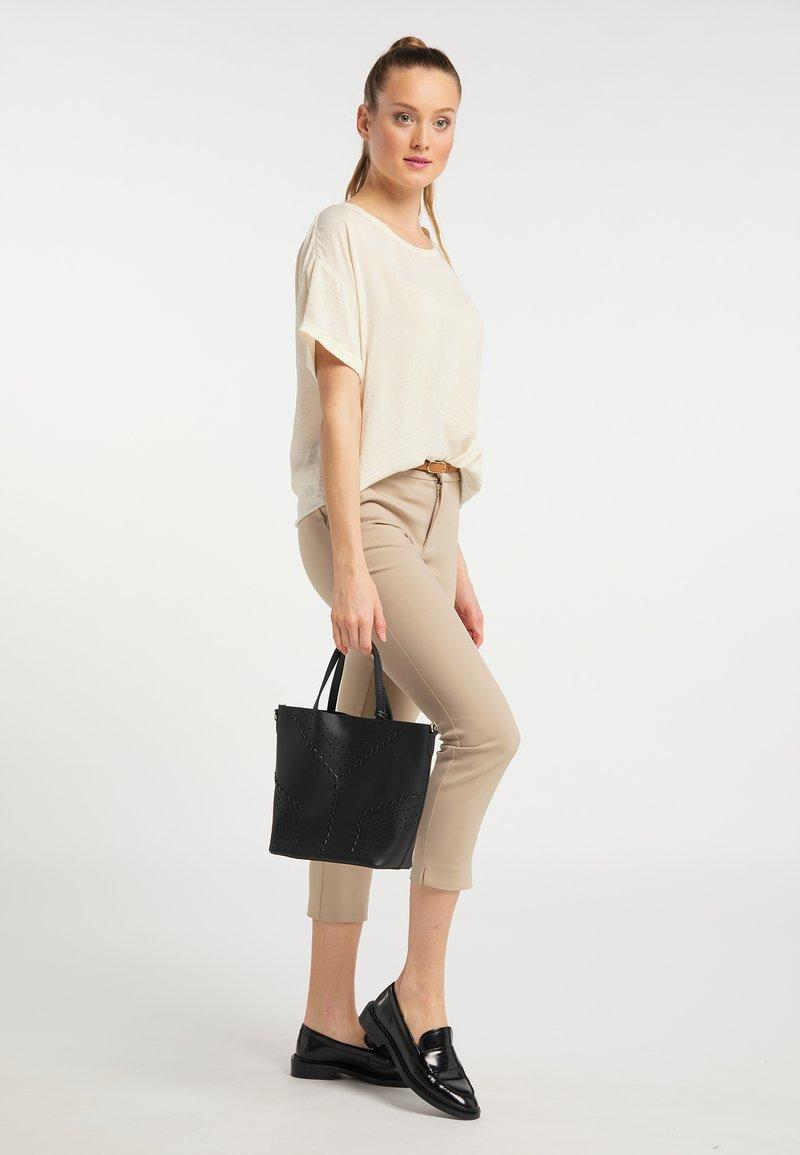 usha - Handbag - schwarz