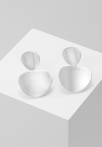 AVERY PENDANT EAR PLAIN - Earrings - silver-coloured