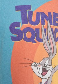 Outerstuff - BOXED OUT SPACE JAM 2 TANK - Top - teal/orange - 2
