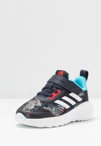 adidas Performance - FORTARUN SPIDER - Neutrální běžecké boty - legend ink/vivid red/signal cyan - 2