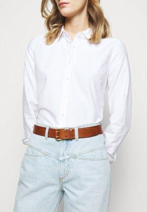 Belt - mahogany