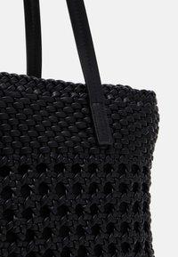 PARFOIS - BAG TWIST  - Handbag - black - 3