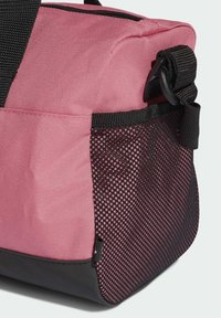 adidas Performance - LINEAR XS SPORTS ESSENTIALS PRIMEGREEN DUFFEL BAG - Borsa per lo sport - pink - 4