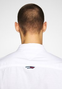 Tommy Jeans - Shirt - white - 4