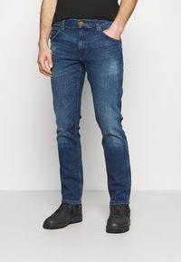 Wrangler - GREENSBORO - Jeans straight leg - hard edge - 0