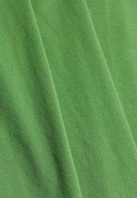 edc by Esprit - Basic T-shirt - green - 6