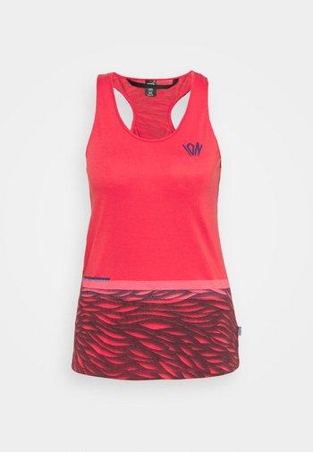 TANK SEEK - T-shirt de sport - pink is back
