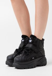 Buffalo London - Sneaker high - black - 0