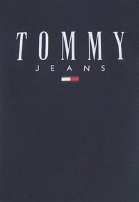 Tommy Jeans - ESSENTIAL LOGO TEE - Print T-shirt - twilight navy - 6