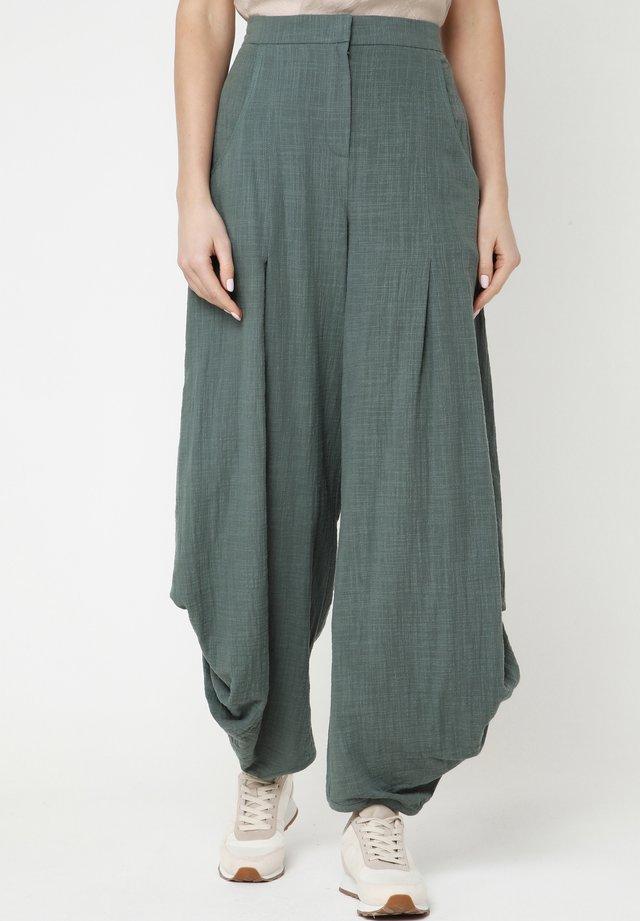 Pantalon classique - grün