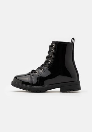 LACE UP ROXIE BOOT - Veterboots - black